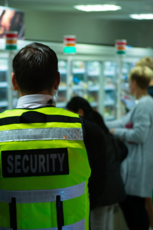 Skal din virksomhed bruge en sikkerhedsvagt?